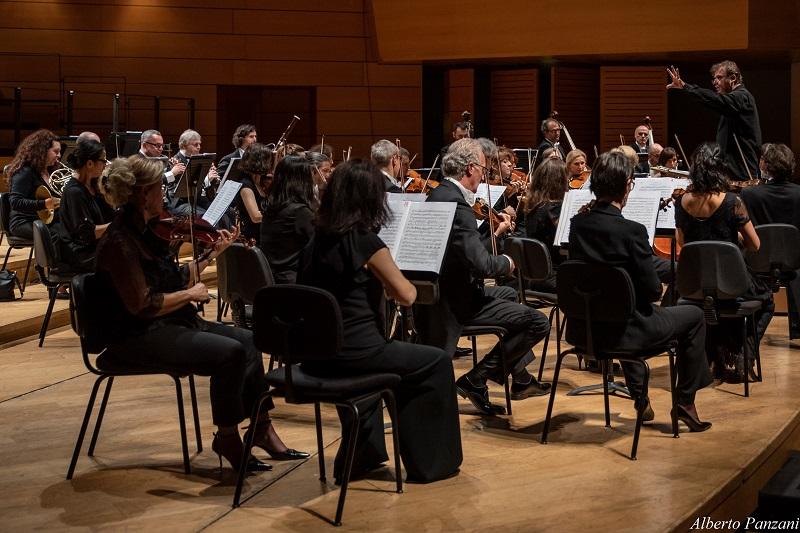 """75ª Stagione Sinfonica dell'Orchestra I Pomeriggi Musicali """"Anniversari"""" Direttore: Ottavio Dantone Orchestra Haydn di Bolzano e Trento"""